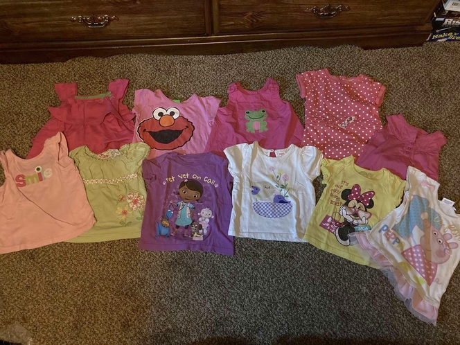 Huge Lot 2T Girl Clothes for sale in Roy , UT