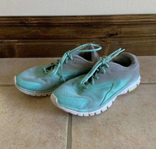 CG Running Shoes Size 4 for sale in Herriman , UT