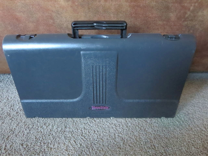 Showstyle Briefcase Tabletop Portable Display Black fabric panels exhibit for sale in West Valley City , UT
