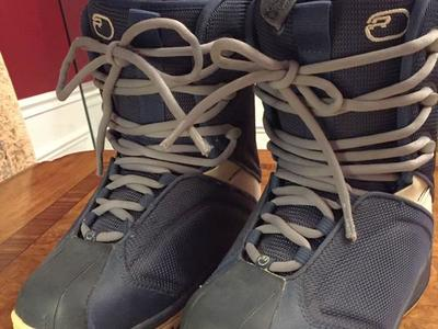 Ride Orion women size 5, Y3 snowboard boots