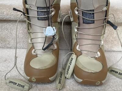 .Burton Sable wn. sz. 5 or Y3 snowboard boots.