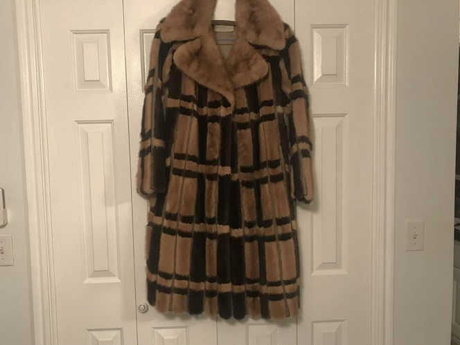VINTAGE 2-TONE MINK AND LEATHER FULL-LENGTH COAT for sale in Sandy , UT