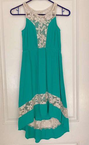 Girls Beautiful Size 10 Dress for sale in Sandy , UT