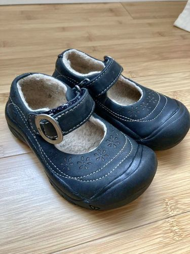 Little Girls Size 8 Leather Keen Shoes for sale in Sandy , UT