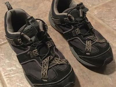Breathable Womens Hiking Shoes By Lands End.Size 6