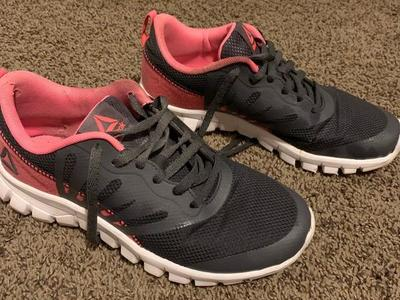 Reebok Womens Athletic Shoes Size 7
