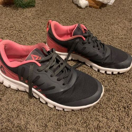 Reebok Womens Athletic Shoes Size 7 for sale in South Weber , UT