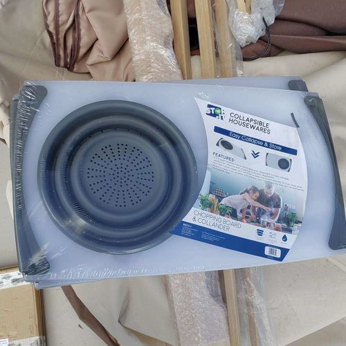 New Vivitar chopping board and collander  for sale in Eagle Mountain , UT