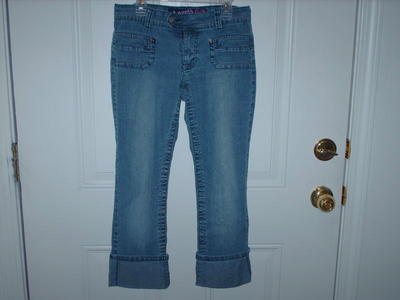 """Angels Jeans"" Stretch Denim Capris Juniors Size 5"