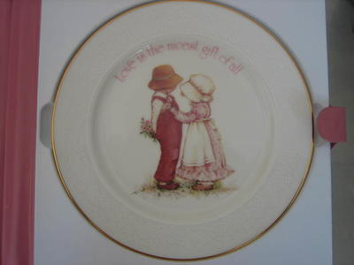 Holly Hobbie Collectible Plate in Original Box