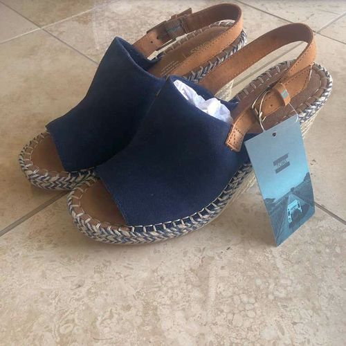 Tom's Monica Navy Suede/Leather Sz. 9.5 for sale in Murray , UT