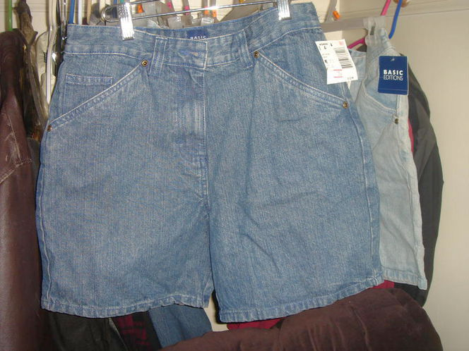NEW BASIC EDITIONS DENIM SHORTS SIZE 4.6.10 AND 12 for sale in Salt Lake City , UT