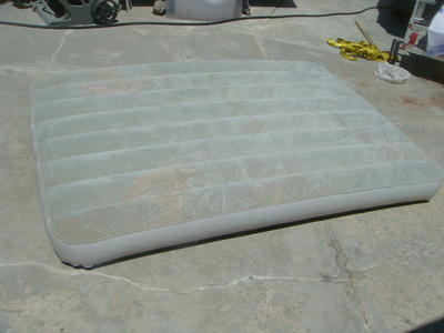 BIG AIR MATTRESS CAN BE FILLED WITH AIR OR WATER