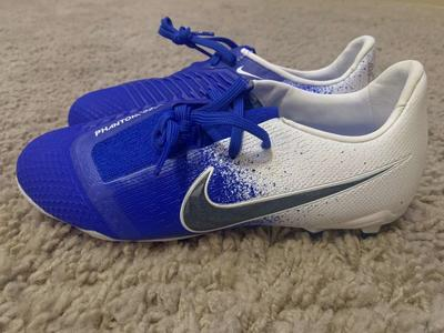 Nike Phantom Venom FG Youth Sz 4