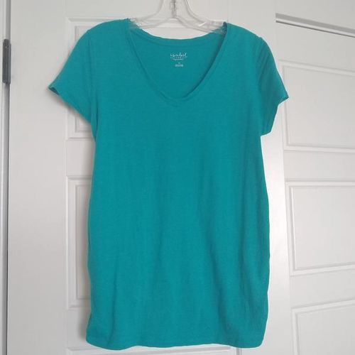 Medium Isabel Maternity T-Shirt by Ingrid & Isabel for sale in West Jordan , UT