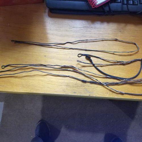 Bow strings  for sale in Clinton , UT