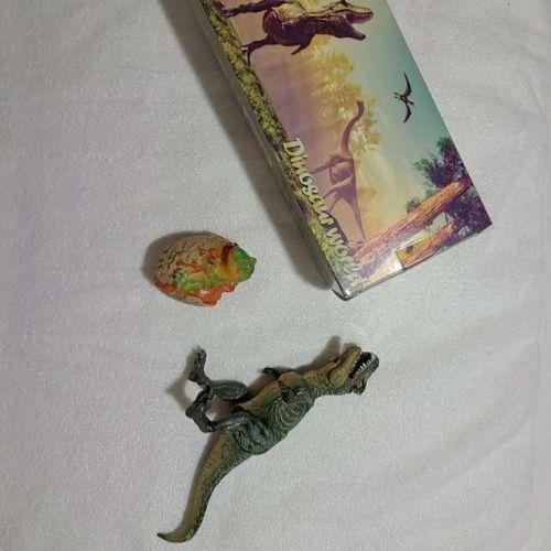 Dinosaurs Light-Up Moving T-Rex New  for sale in West Jordan , UT