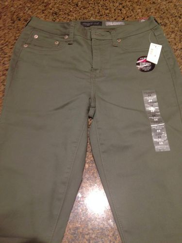 NEW with Tags Aeropostale Jeggings Size 8R for sale in West Jordan , UT