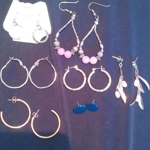 Lot of costume earrings pierced jewelry for sale in West Jordan , UT