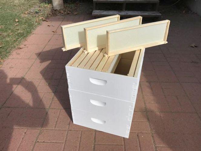Medium Depth Supers for Beehive, 10 frames & found for sale in Salt Lake City , UT