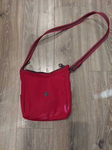 purse/handbag - red for sale in Holladay , UT