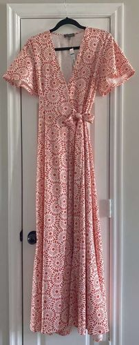 NWT THE LIMITED BLUSH WRAP MAXI DRESS!  for sale in West Jordan , UT