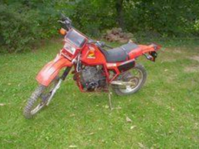 1983 -1984 Honda XL600 parts. Dirt bike. Enduro Motorcycle Dual Sport part out