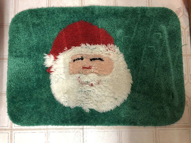 Santa Claus Bathroom Rug and Toilet Seat Cover Christmas Decoration for sale in Orem , UT