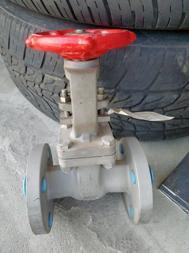1.5 inch Aloyco SS flanged gate valve. Neww for sale in Sandy , UT