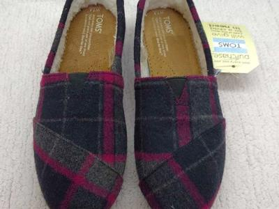 Tom's Women's Classics Pink Paid Wool Sz 7.5