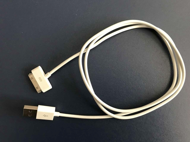 Apple 30-pin USB Charging Cable for sale in West Jordan , UT