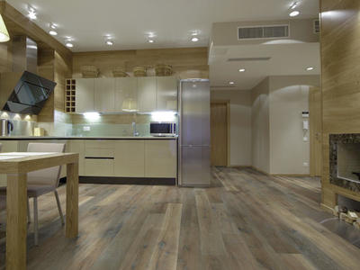 "10"" Prefinished Hardwood Flooring *** 3000 Feet"