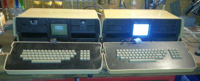Osborne 1 Original Brown Case Two Computers Both Work for sale in Heyburn , ID