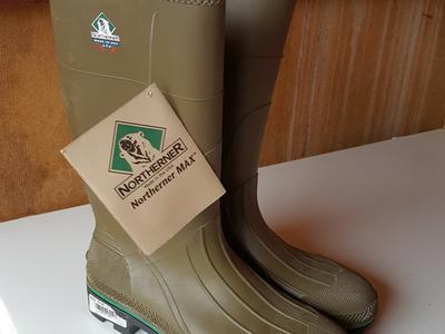 Northerner Series Max Waterproof Boots Size 14 Brand New