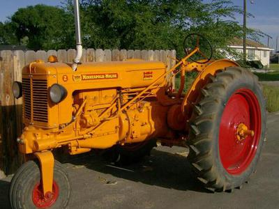 MINNEAPOLIS MOLINE ZAN TRACTOR COMPLETELY RESTORED