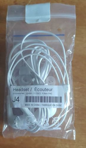 Samsung EHS64AVFWE 3.5mm EHS64 Stereo Headset with Remote and Mic for sale in Heyburn , ID