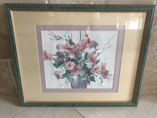 Cross Stitch Of Flowers In A Vase W/ Frame & Mat for sale in Salt Lake City , UT