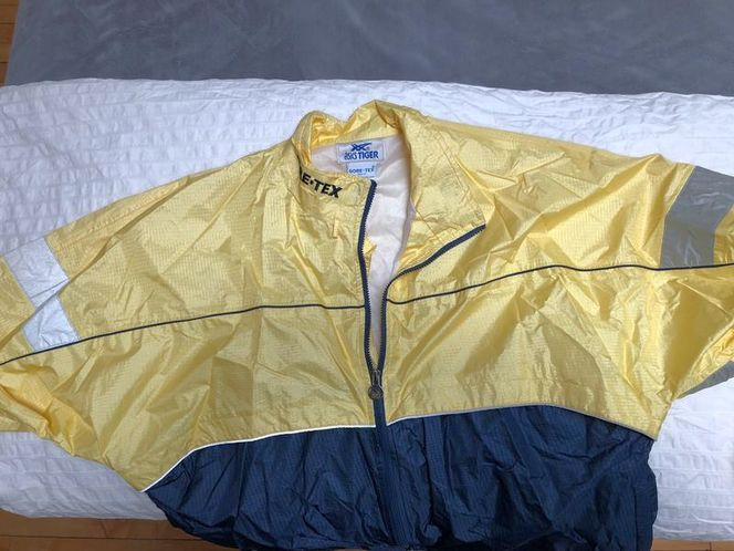 Asics Tiger Gore-Tex Running Suit for sale in Salt Lake City , UT