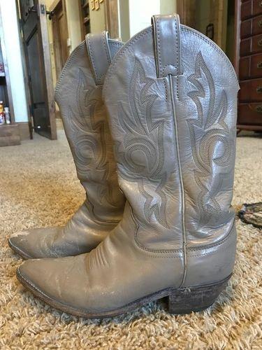 Cowboy boots for sale in Ogden , UT