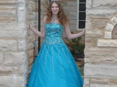 Blue prom or quincearena dress
