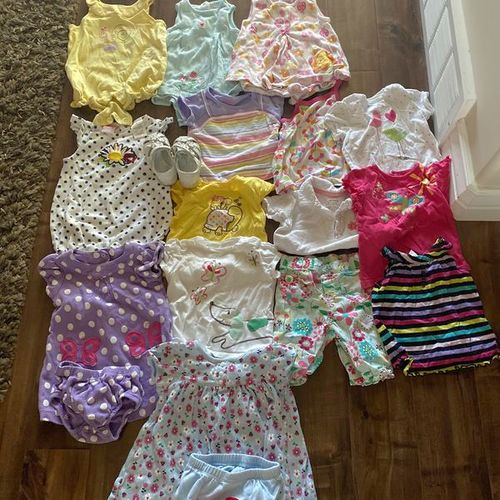Size 12 Mo Clothes for sale in Centerville , UT