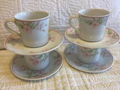 Cups and saucers, many and varied, Royal Doulton