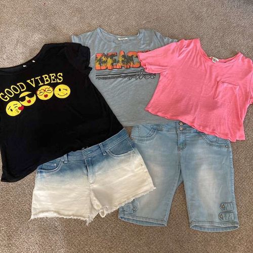 Three Shirts & Two Shorts  for sale in Kaysville , UT