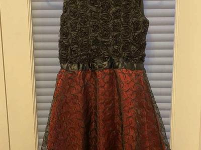 Girls Christmas Dress Black Red Lace Betsey 12