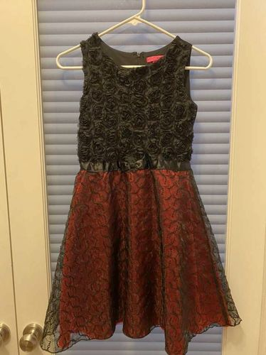 Girls Christmas Dress Black Red Lace Betsey 12 for sale in North Salt Lake , UT