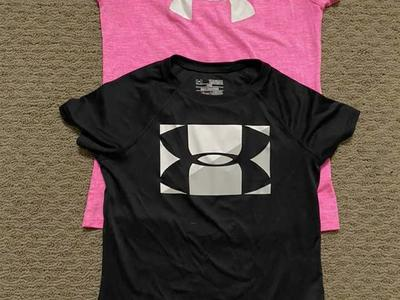 Under Armour Girls Pink Short Sleeve Shirt Medium