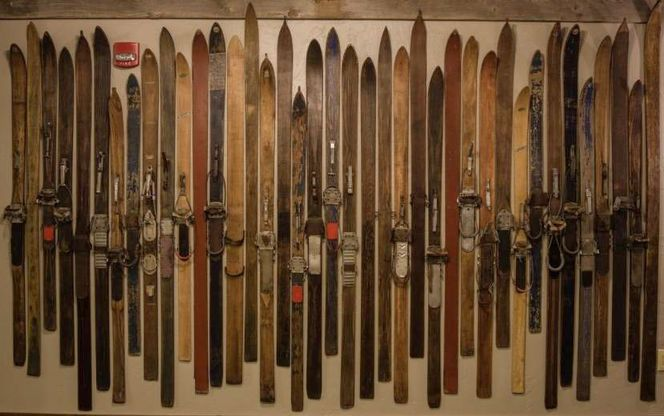 Looking To Trade,buy, Or Sell Old Skis  wanted in Sandy , UT