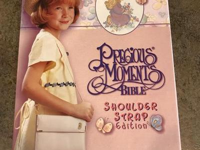 Precious Moments Bible Pink Shoulder Strap Edition