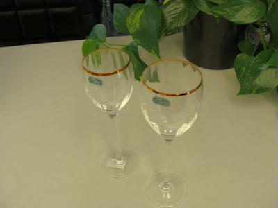 CRISTAL WINE GLASSES-NEW