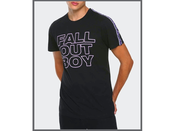 Fall Out Boy Athletic Mania T-Shirt - Size M for sale in West Jordan , UT